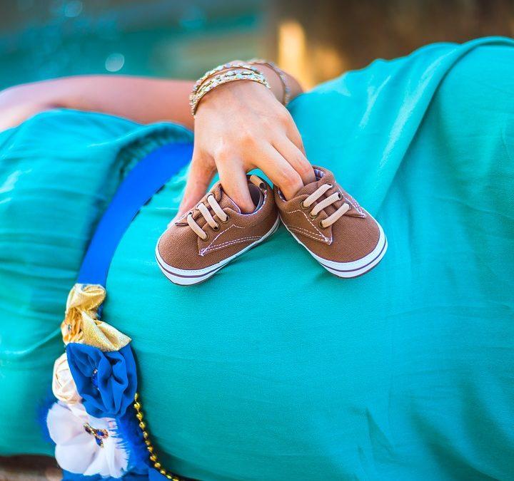 Ciąża maciczna a ciąża pozamaciczna – specyfika oraz zagrożenia
