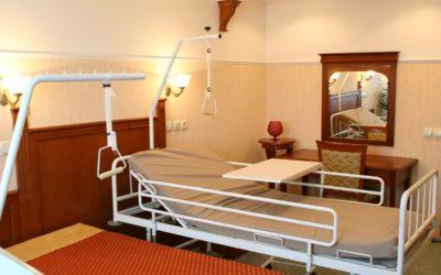 Używane łóżko rehabilitacyjne – gdzie kupić i na co zwrócić uwagę?